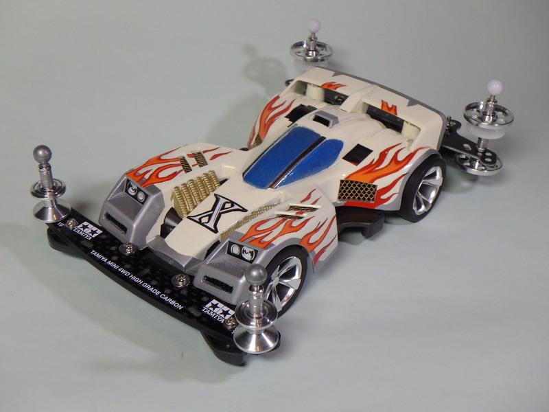 トライダガーX レーシングホワイト