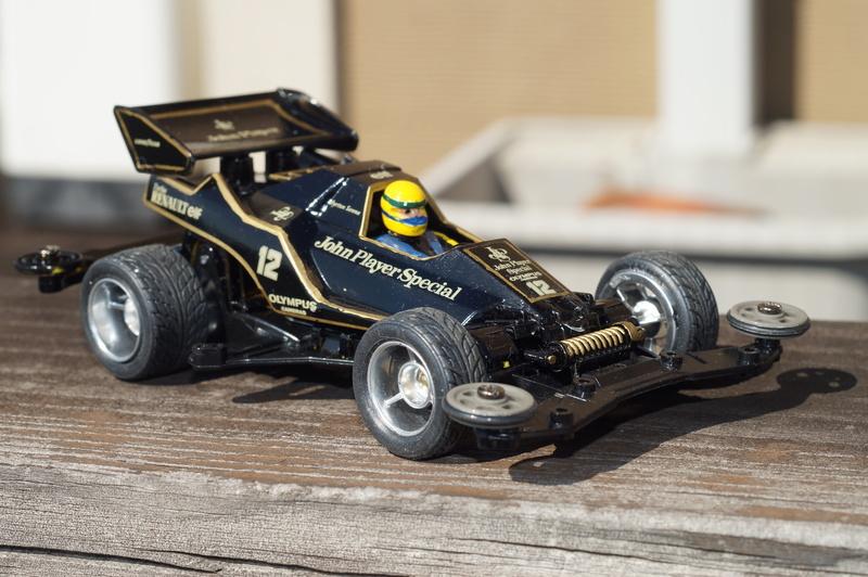 F1ミニ四駆 ロータス・ルノー/アイルトン・セナ搭乗風 スーパーセイバー