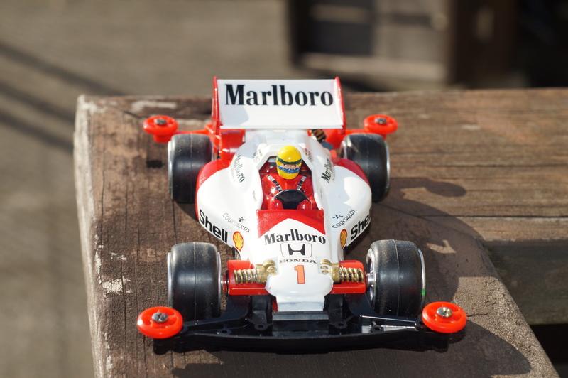 F1ミニ四駆 マクラーレン・ホンダ/アイルトン・セナ搭乗風 アスチュート