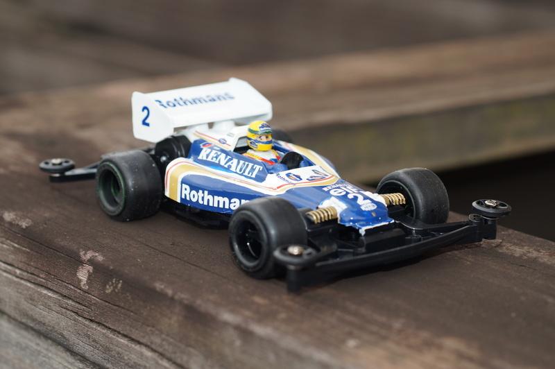F1ミニ四駆 ウィリアムズ・ルノー/アイルトン・セナ搭乗風 アスチュート