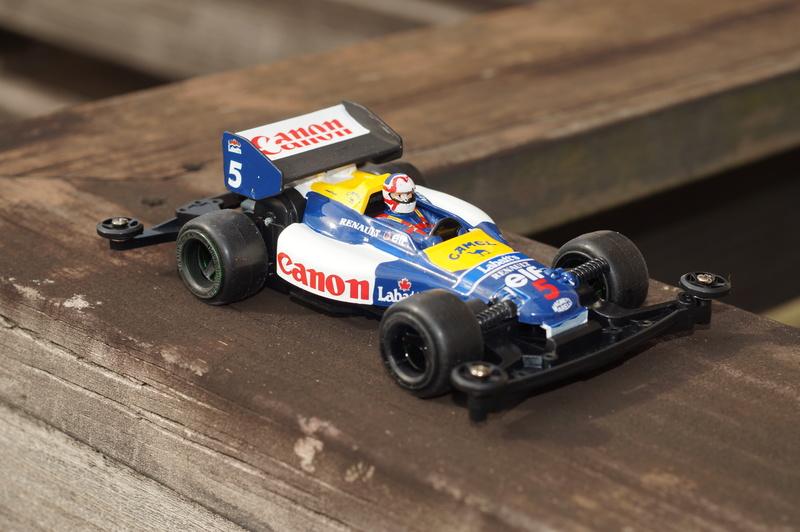 F1ミニ四駆 ウィリアムズ・ルノー/ナイジェル・マンセル搭乗風 アスチュート